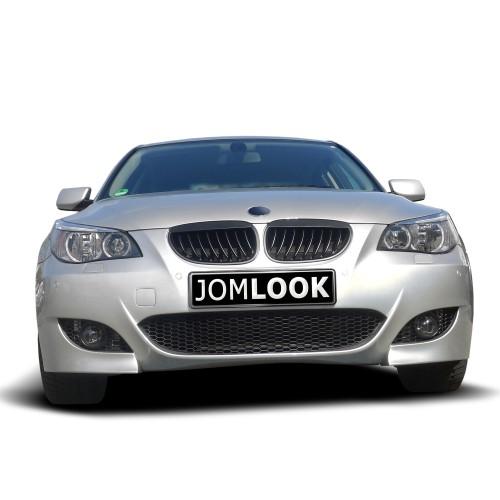 Frontstoßstange im Sport-Design mit PDC-Markierungen passend für BMW 5er E60 Limousine Baujahr 07.2003 - 03.2007 und E61 Touring Baujahr 06.2004 - 03.2007