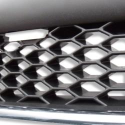 Calandre, JOM, Opel Astra G, noire avec entourage chrome, look sport nid d'abeille